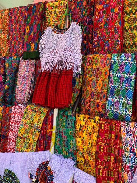 Guatemalan fabrics and clothing